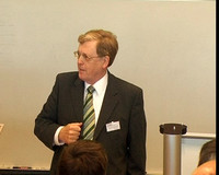 Prof. Dr. Claus beim ersten Dortmunder Alumni Tag 2006